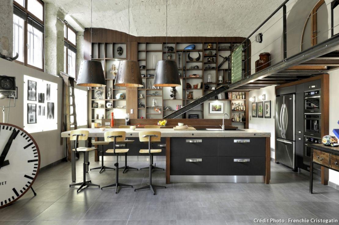 un ancien atelier transform en loft s fires po les granul s chaudi res granul s et b ches. Black Bedroom Furniture Sets. Home Design Ideas